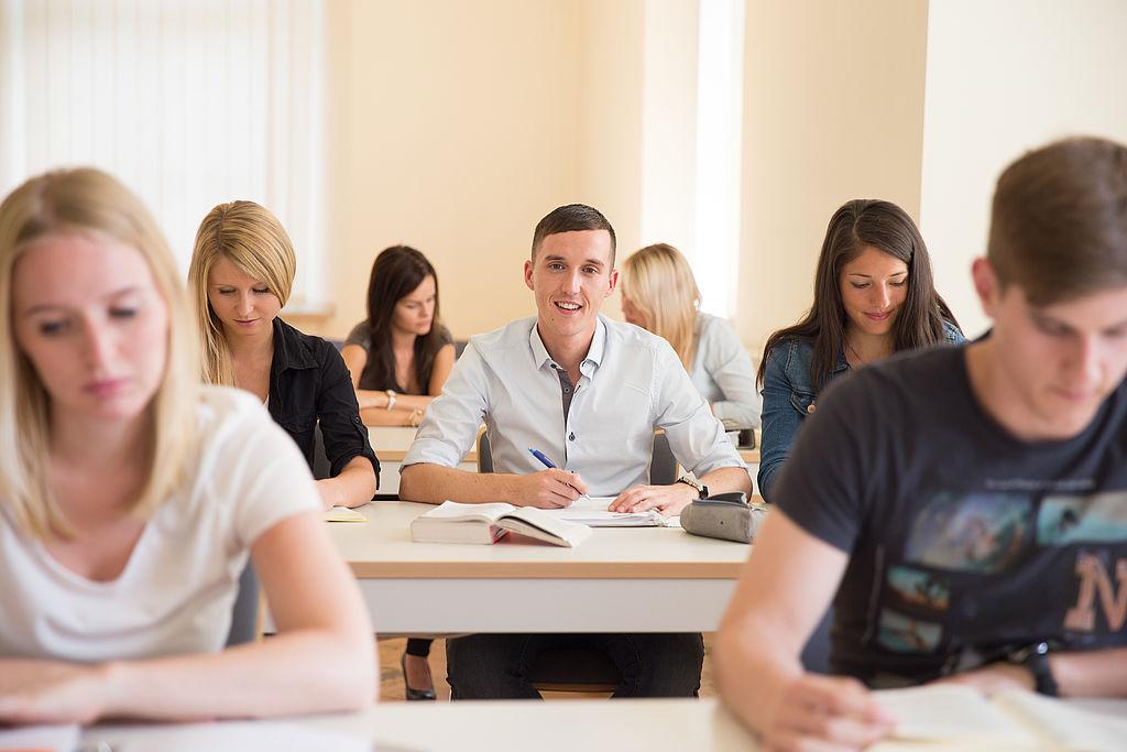 Studenten im Lehrsaal